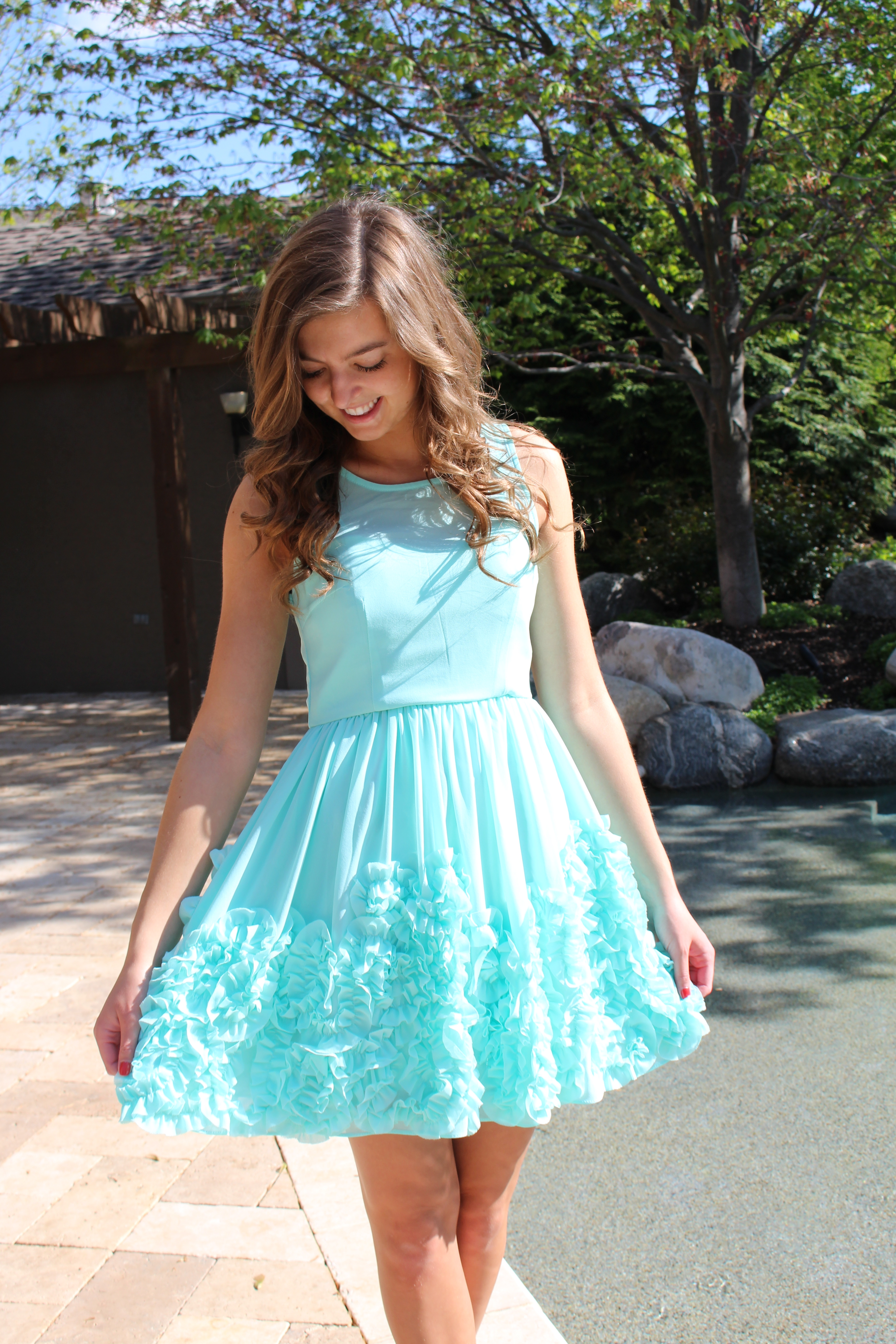 mint green dress and gold shoes fashion dresses